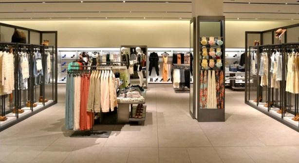 millennial fashion shopper