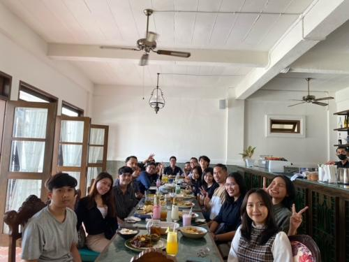 Acara Gathering Tim Marketing Emporio Architect di Pitaloka dan Ulam-Ulam Restaurant Denpasar