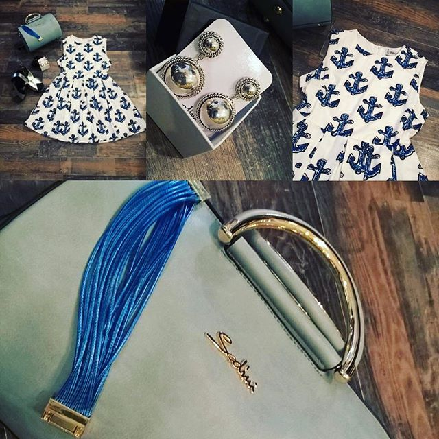 Buonasera girls!! Questo profumo di quasi estate mi fa venire voglia di mare... E volevo esprimerla con questo carinissimo vestito bianco con ancore blu... #minueto e i nostri selezionatissimi accessori #sodini #everyday #fashion #fashionvictim #girls #happy #dress #blu #white #amazing #mystyle #mylife #magazine #top #bag #emporiodress #emporioconceptstore #officina19 #ladispoli