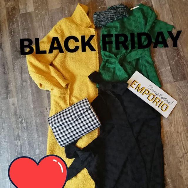 Non potevamo certo mancare noi!😎😎😎😎Pronte anzi prontissime per ilBLACK FRIDAYSuper nuovi arrivi Pepa Loves️-10 -20 -30 %!Vi aspettiamo per un super pomeriggio di shopping🤩#emporioconceptstore #shopping #outfit #rock #vintage #blackfriday #ladispoli