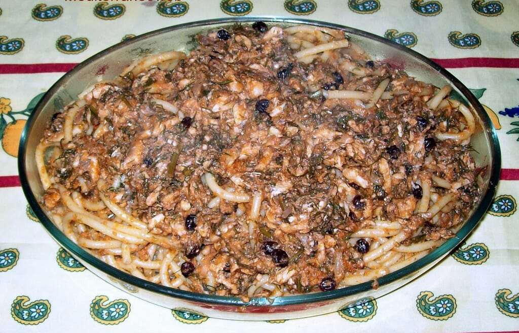 picture of pasta with sardines