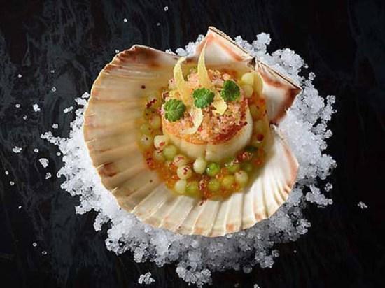 Restaurant de l'Hotel de Ville- A Delicate Dining Experience
