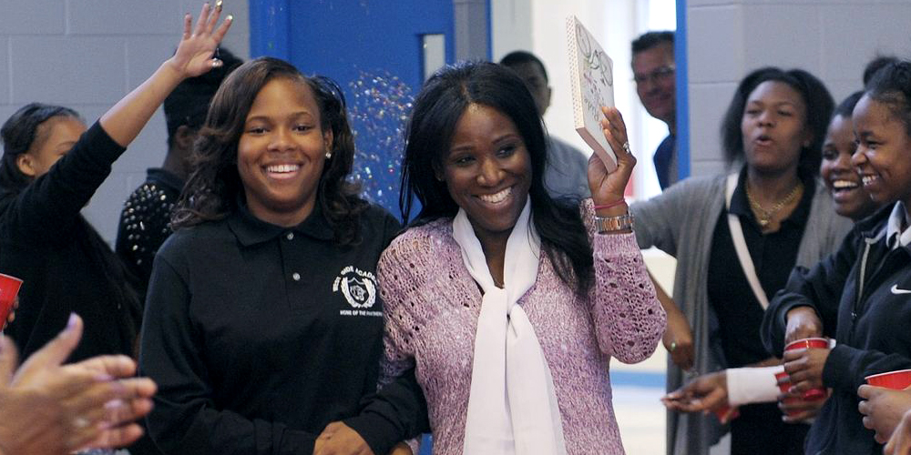 Detroit teacher gives student, A'Ja Booth, a kidney