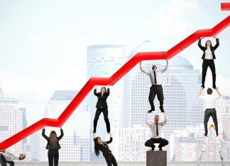 A retomada do crescimento na economia brasileira já parece para muitos empreendedores, uma hipótese bem provável para o ano que vem. Veja neste artigo alguns pontos da discussão sobre o futuro próximo da economia no Brasil.