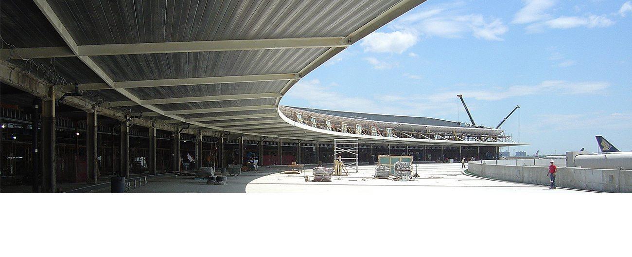 Migutan-FP installed in Jet Blue Terminal at JFK Airport.
