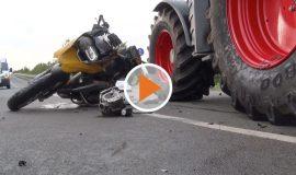 screen_Traktor gegen Motorrad