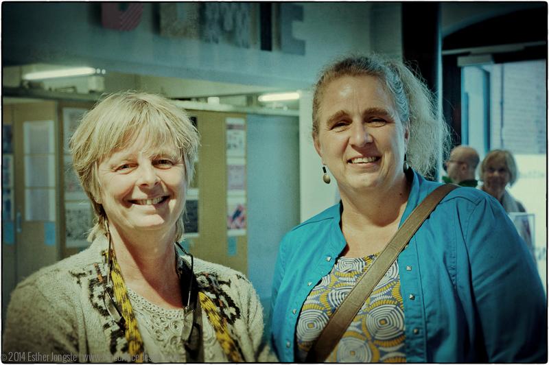 Esther Jongste [left] Miranda Mol [right]