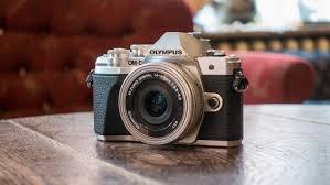 Mirrorless Camera Under 500
