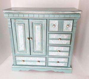 Jewellery Cabinets
