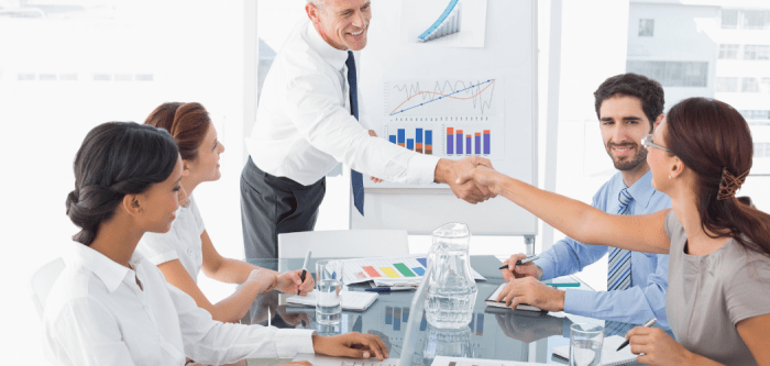11 Ways to Introduce a New Employee to the Company Culture
