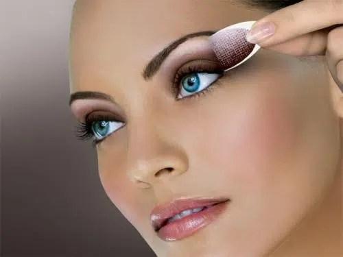 Algunas soluciones para los errores más típicos de maquillaje