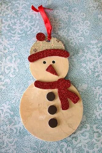 Cómo hacer un gracioso muñeco de nieve