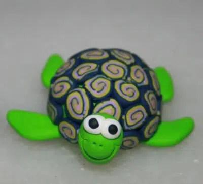 Cómo hacer una simpática tortuga con una nuez