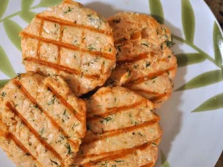 Hamburguesa de Salmón: Saludable y deliciosa