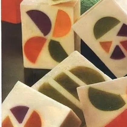 Jabones con formas geométricas