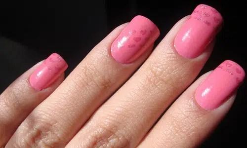 Maneras para que tus uñas sequen más rápido