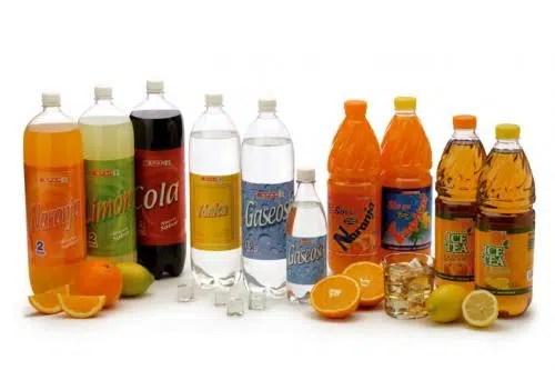 ¿Sabemos verdaderamente lo que llevan las bebidas de verano?