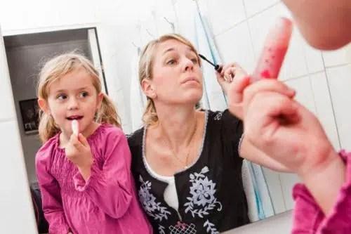 Maquillaje express para madres