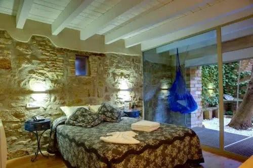 Un tranquilo alojamiento medieval en tierras de Lleida: el Hotel La Freixera