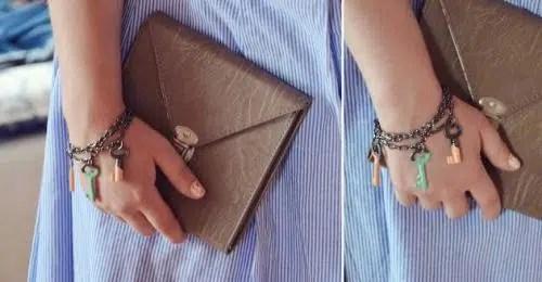Una bonita pulsera hecha con llaves