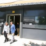 Juan Espadas y Felipe Castro en la puerta de la OMDV.