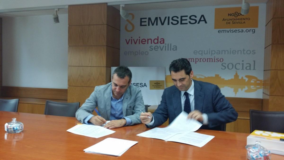 Felipe Castro, Director Gerente de EMVISESA, y José Castro, Director Gerente de la Fundación PERSÁN.