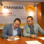 Firma del convenio entre EMVISESA y la Asociación Ponte.