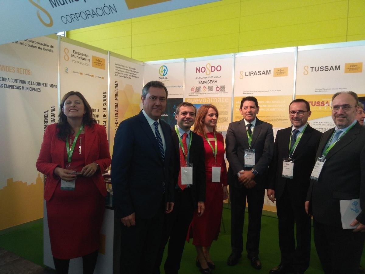 Felipe VI inaugura Andalucía Digital Week y visita el estand de las Empresas Municipales del Ayuntamiento de Sevilla