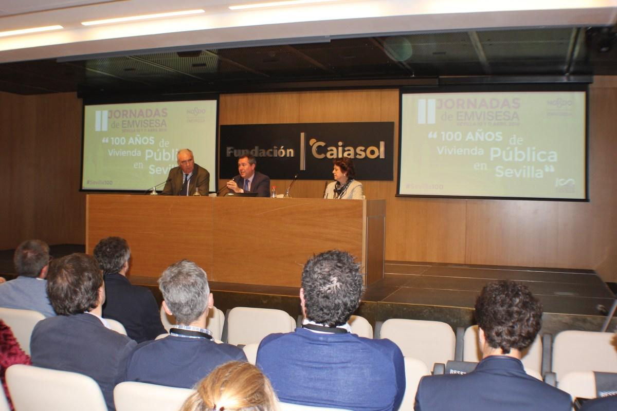 """Emvisesa pone a disposición de los interesados las grabaciones y presentaciones de las 8 mesas redondas celebradas en las Jornadas """"100 años de vivienda pública en Sevilla"""""""