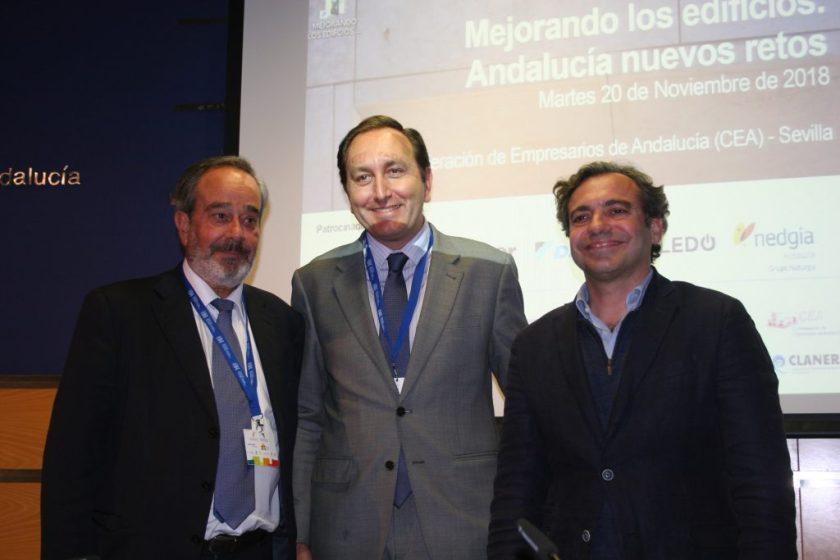 Francisco Martín, presidente de GAESCO, Francisco Martínez-Cañavate, presidente de FADECO PROMOTORES, y Felipe Castro, gerente de Emvisesa.