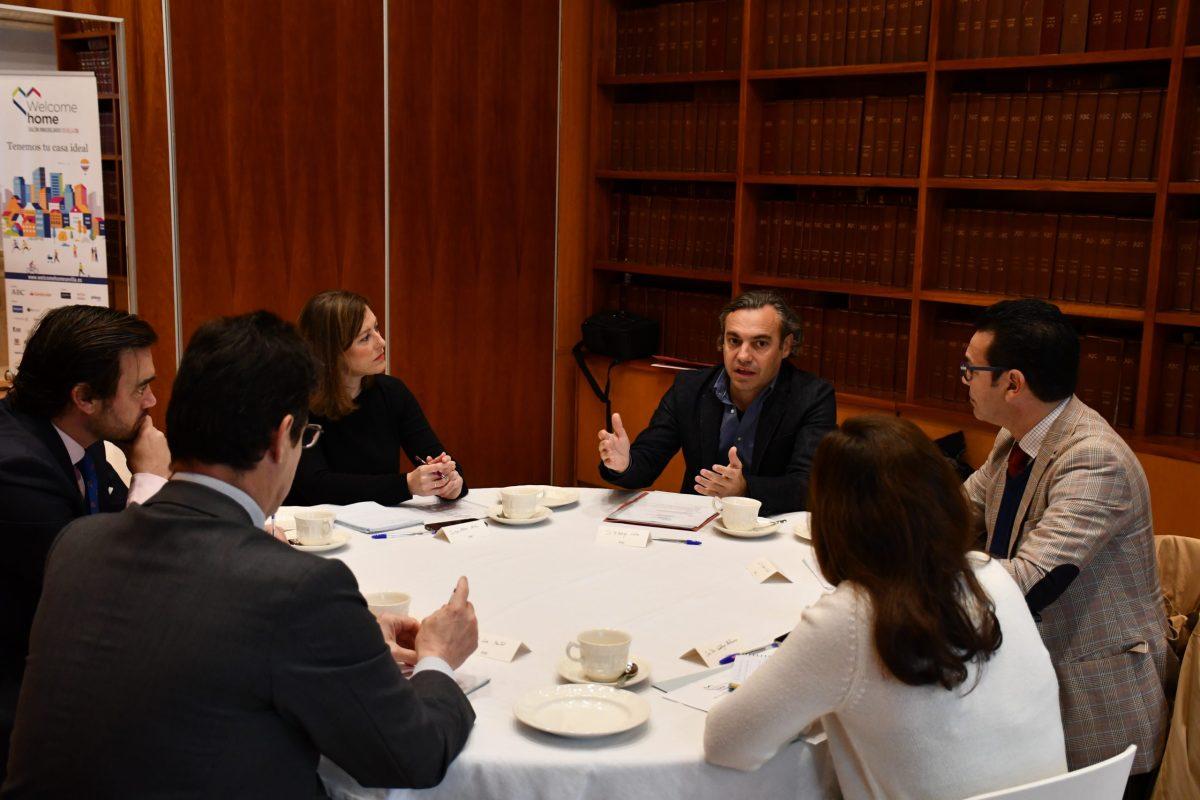 Felipe Castro expone las soluciones creativas que el Ayuntamiento de Sevilla y Emvisesa están aportando ante un nuevo cambio de ciclo en el mercado de la vivienda