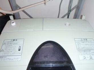洗濯機のお湯とりポンプ交換
