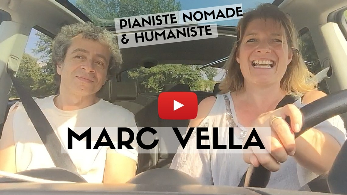Marc Vella sur la route, sans son piano