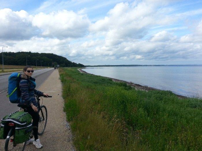 Le long de la côte est danoise, en direction d'Helsingør