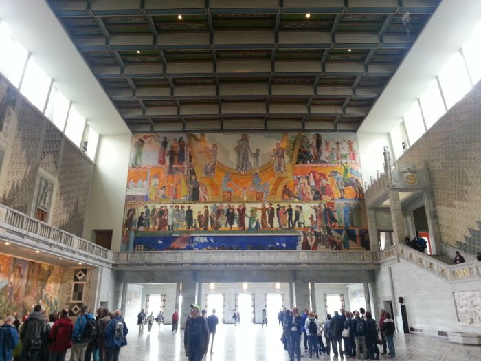 Le hall d'entrée de l'hôtel de ville d'Oslo