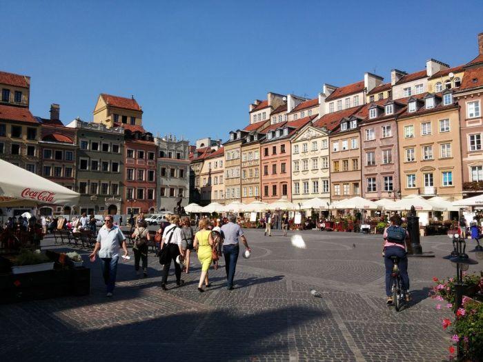 Dans la vieille ville de Varsovie