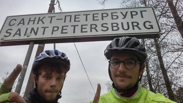 arrivée à saint-pétersbourg