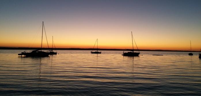Coucher de soleil sur un lac lituanien