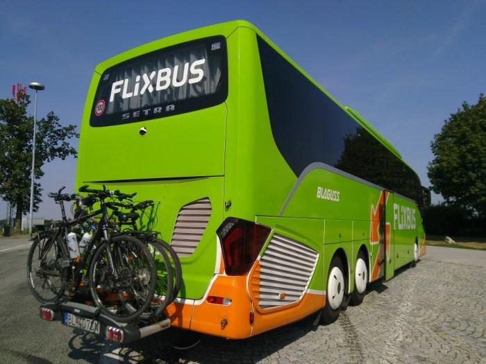 porte-velo-arriere-bus-flixbus-vienne-paris