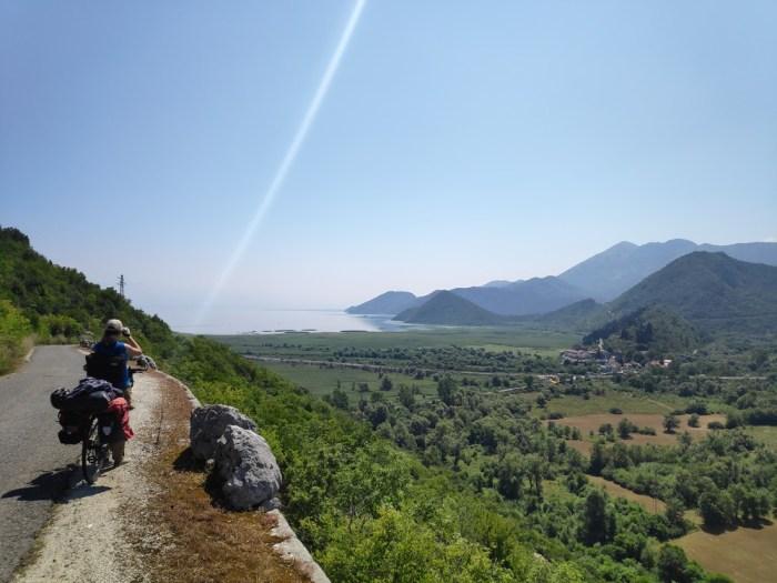 contemplation_lac_shkodra_montenegro