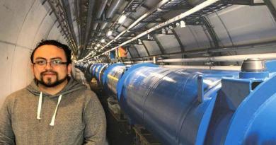 Abraham Villatoro Tello, de la BUAP al CERN: el corazón mundial de la investigación de física de partículas