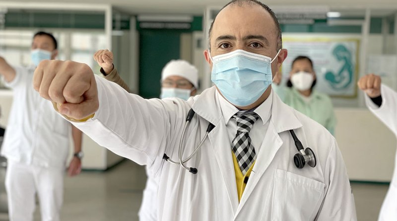 Urgenciólogo poblano vuelve a salvar vidas tras 12 días intubado