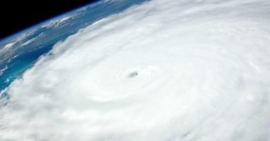 «Rick» se degrada a huracán categoría 1 sobre Michoacán