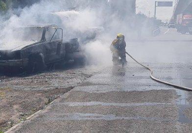 Incendio de una pipa en la carretera México-Puebla