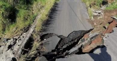 Se derrumba Carretera de Alto Lucero a 2 meses de inaugurada