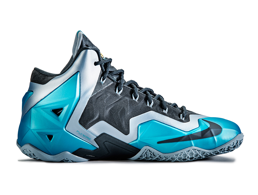 nike-lebron-11-gamma-blue-officially-unveiled-7