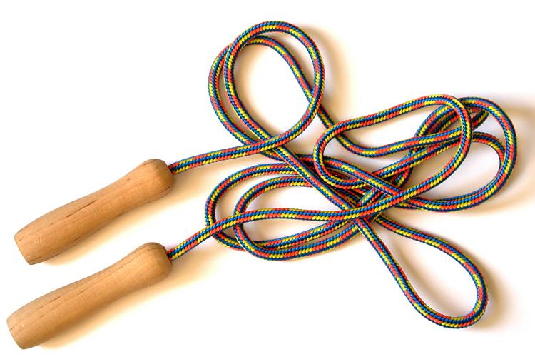 Conoce los beneficios de saltar la cuerda