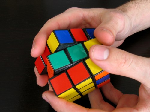 small resolution of how to solve a rubik s cube in five seconds