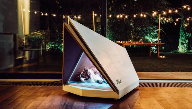 Ford crea una caseta para perros que anula el sonido de la pirotecnia
