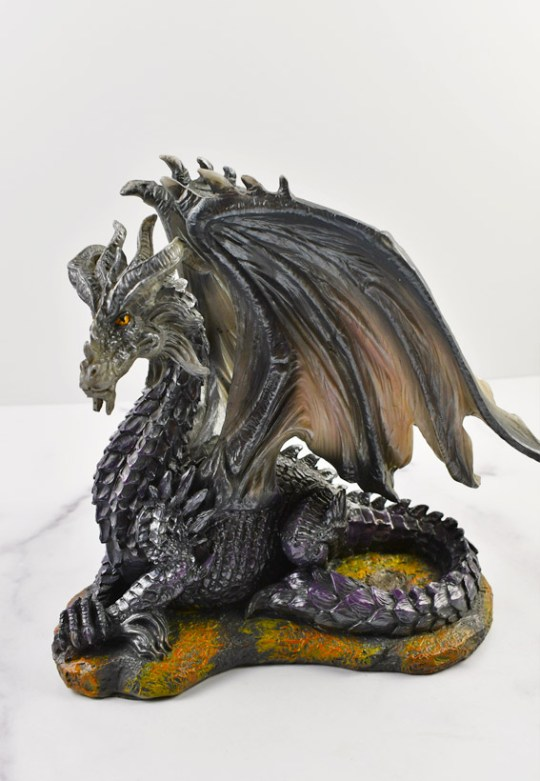 Dark Dragon Statue